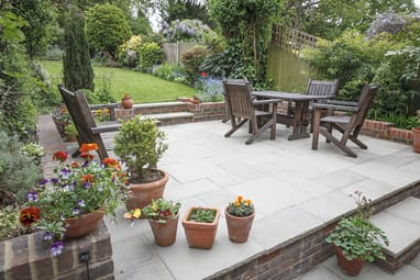 Hard-landscaping-new-luxury-patio-and-garden at toowoomba pavers